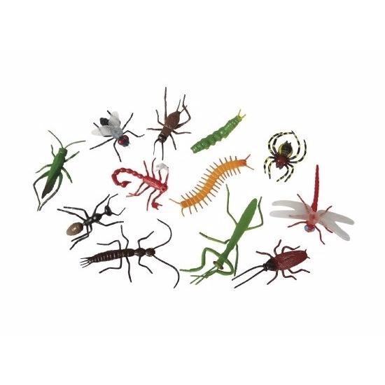 24x Plastic speelgoed insecten