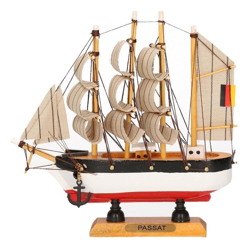 Decoratie miniatuur zeilschip 16 cm
