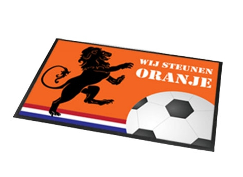 Deurmat-buitenmat oranje voetbal EK-WK 40 x 60 cm
