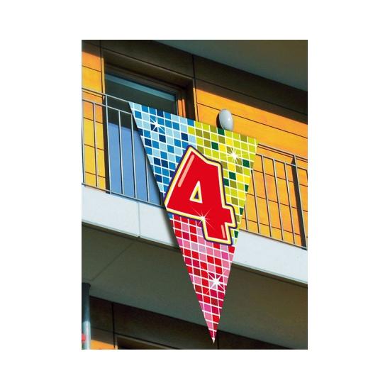 Grote vlag in puntvorm 4 jaar